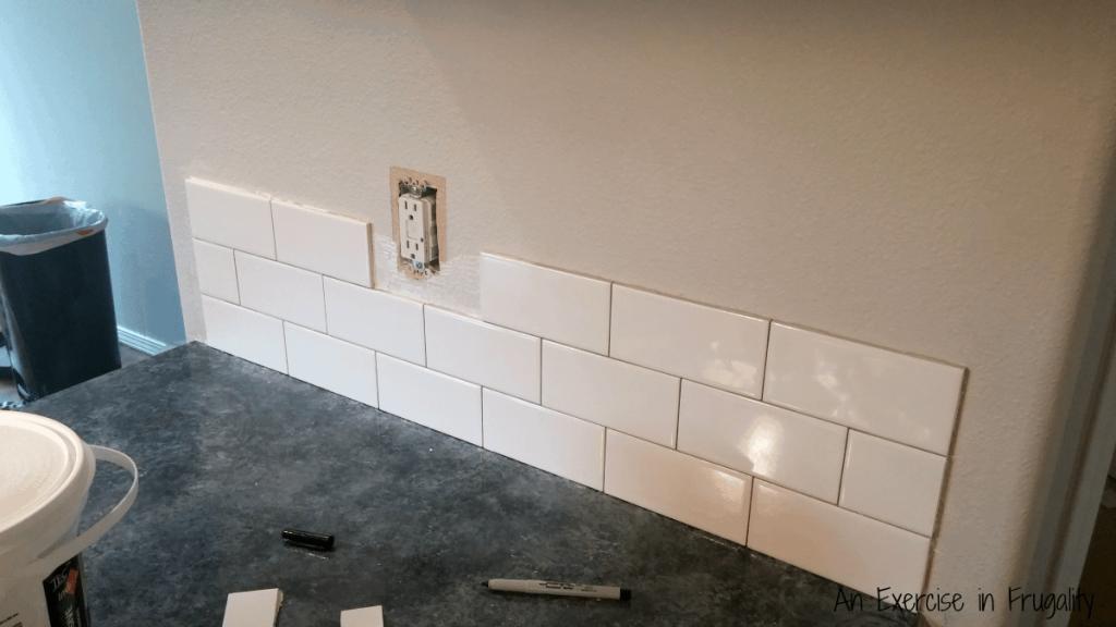 White subway tile backsplash outlet