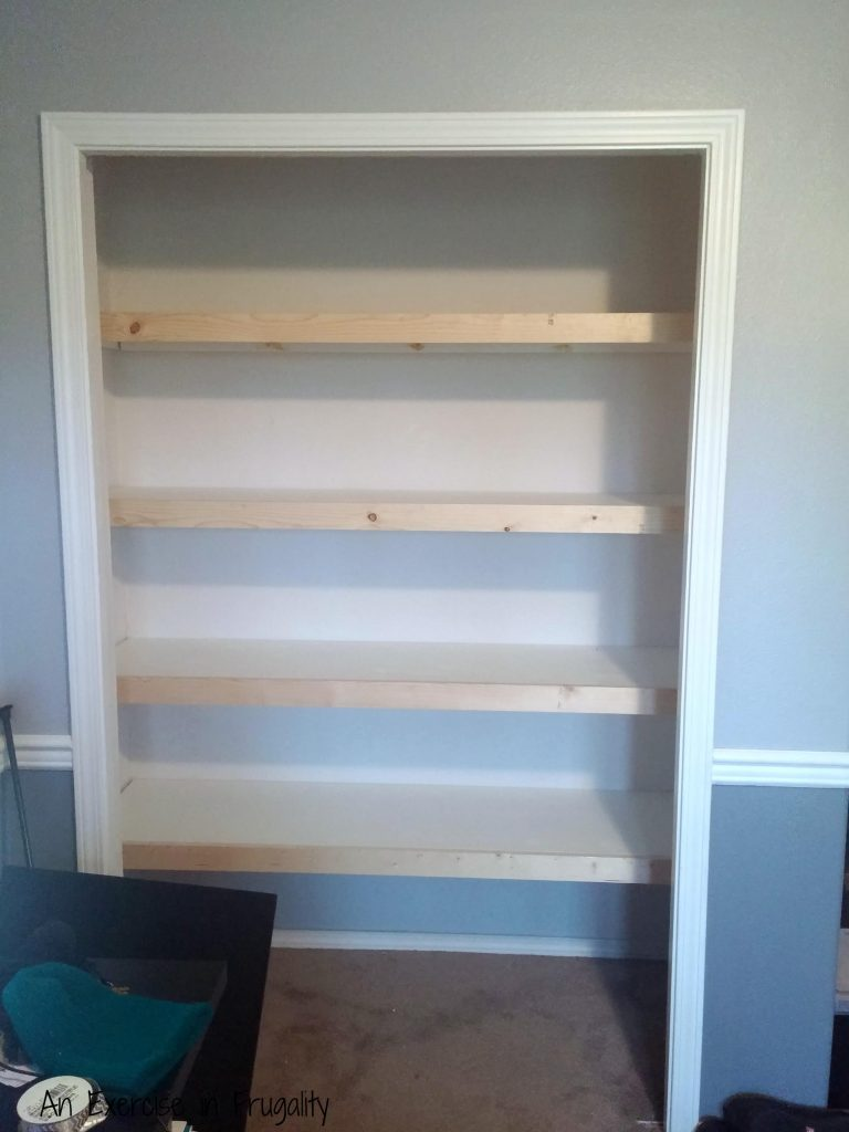 floating shelves with molding
