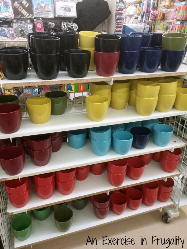 Mini Flower Pots - Dollar Tree, Inc.