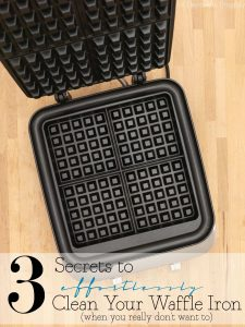 How to Clean a Waffle Iron Effortlessly!