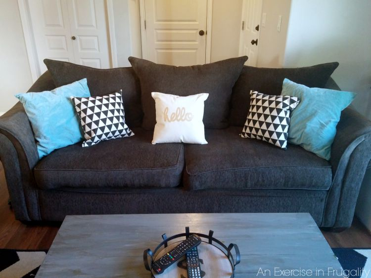 repair couch DIY throw pillows