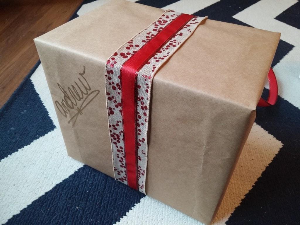 rustic kraft paper gift wrap