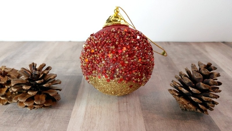 Easy to make christmas decorations an exercise in frugality easy ornaments to make yourself these christmas ornaments are so simple to make anyone solutioingenieria Gallery